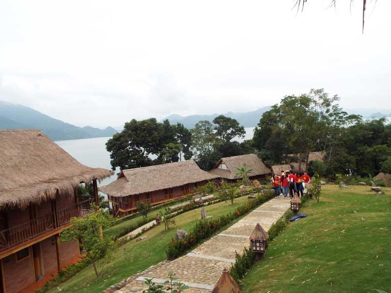 Hòa Bình: Huyện Mai Châu tươi đẹp, mộng mơ, cuốn hút du khách