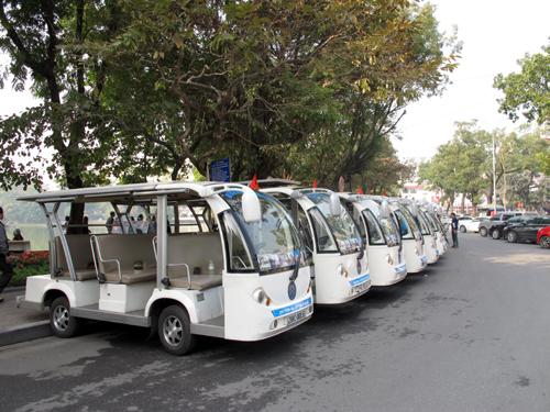 Hà Nội: Nghiên cứu nhân rộng mô hình thí điểm xe điện phục vụ du lịch