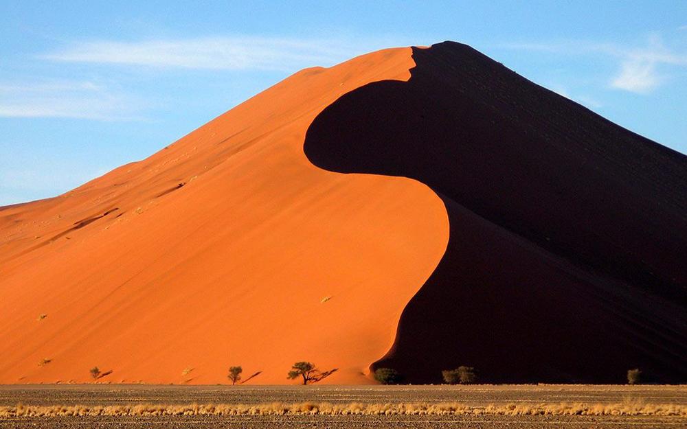 Khách quốc tế có thể trở lại sa mạc ngoạn mục Namibia từ 1/9