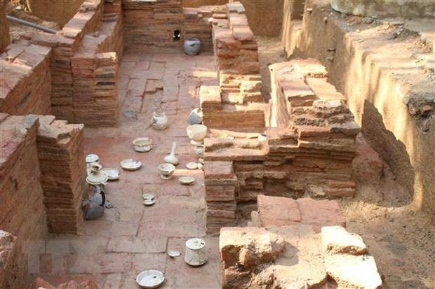 Thăm dò, khai quật khảo cổ ngôi mộ gạch cổ tại Ninh Bình