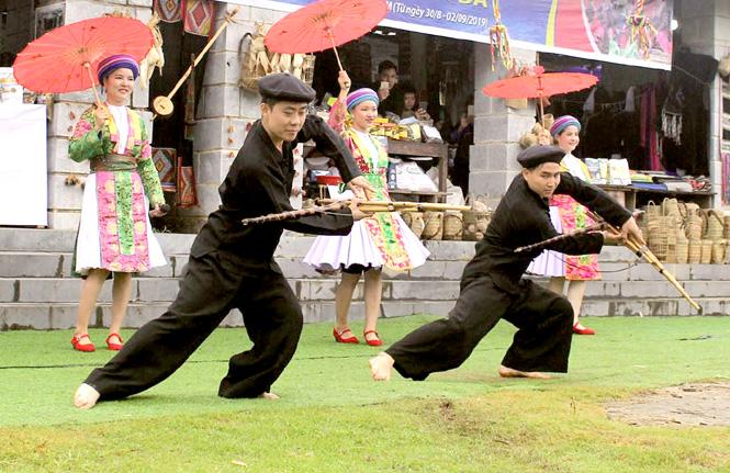 Đặc sắc dân ca của người Mông