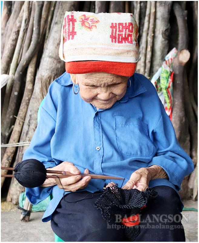 Công Sơn - Cao Lộc (Lạng Sơn) giữ gìn nghề đan gùi truyền thống