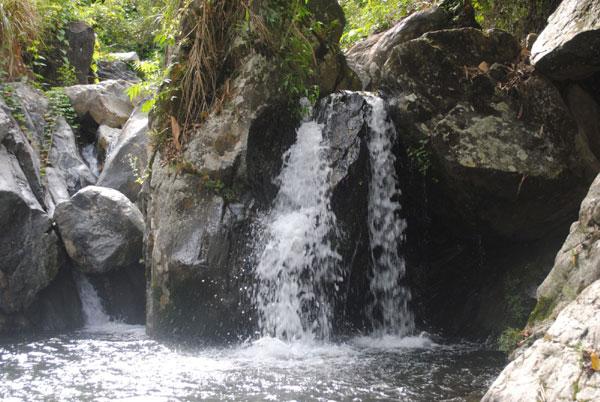 Mát lành suối nước nóc Bà Nô – Trà My (Quảng Nam)