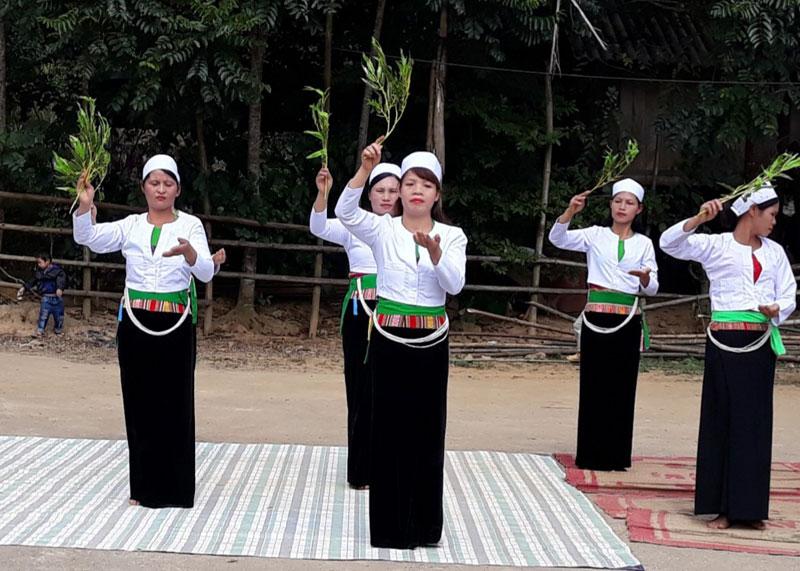 Huyện Cao Phong - đa dạng các loại hình du lịch để thu hút du khách