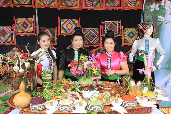 Ẩm thực độc đáo của đồng bào dân tộc Thái Sơn La