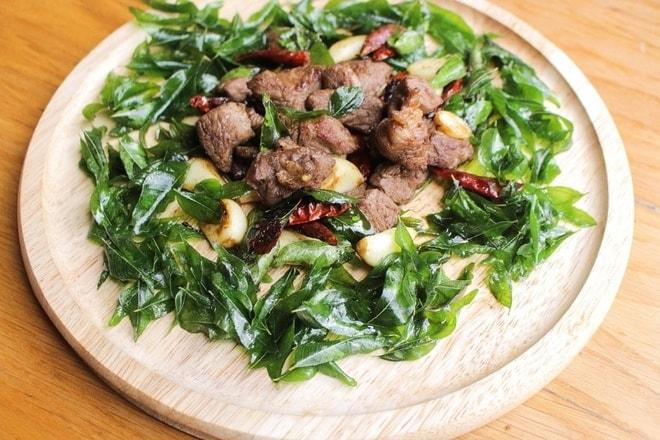 Đến Ninh Thuận mà chưa ăn thử lá này thì chưa gọi là biết hết ẩm thực Phan Rang