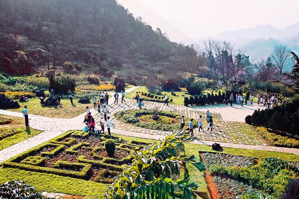 Sa Pa (Lào Cai): Kích cầu du lịch, đảm bảo chất lượng dịch vụ