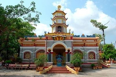 Di tích chùa Sắc tứ Tam Bảo Kiên Giang