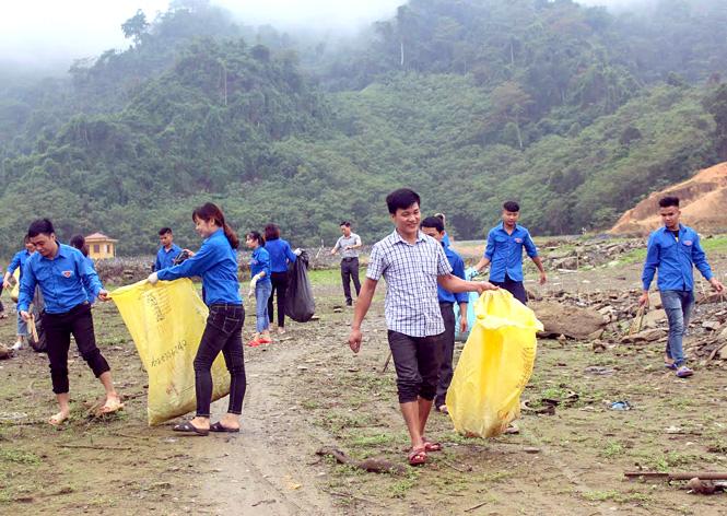 Tuyên Quang: Na Hang phát triển du lịch gắn với bảo vệ môi trường