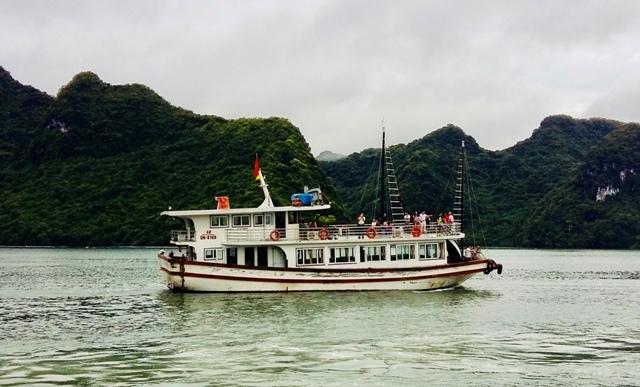 Công bố cụm điểm neo đậu cho tàu du lịch lưu trú qua đêm trên các vịnh thuộc quần đảo Cát Bà, Hải Phòng