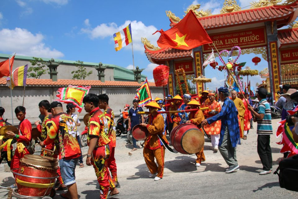 Lễ hội làm chay - Nét đẹp văn hóa ở Tầm Vu (Long An)