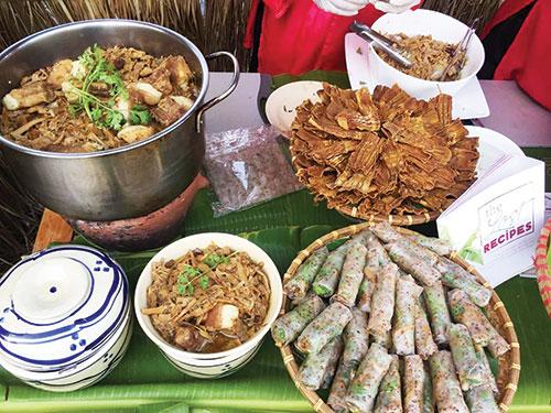 """Ẩm thực Phan Thiết """"say"""" lòng du khách"""