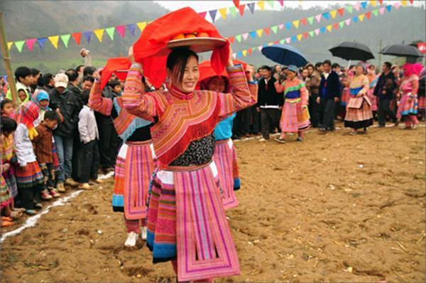 Độc đáo tết của người H' Mông ở Sơn La