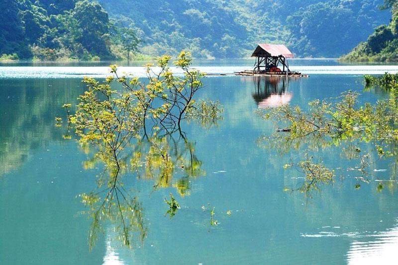 Quyến rũ hồ Thang Hen ở Cao Bằng