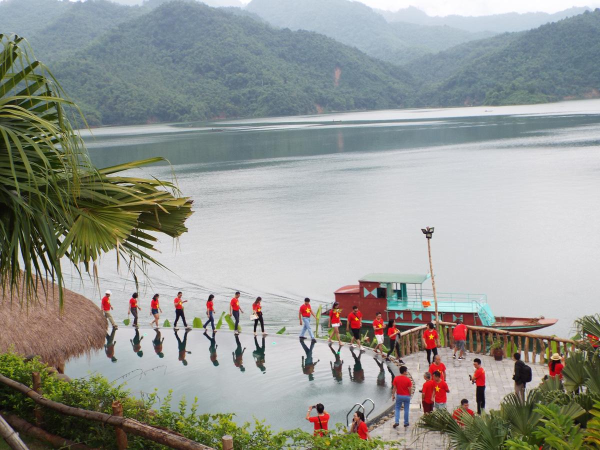 Hòa Bình: Đầu tư hạ tầng, cơ sở vật chất phát triển du lịch