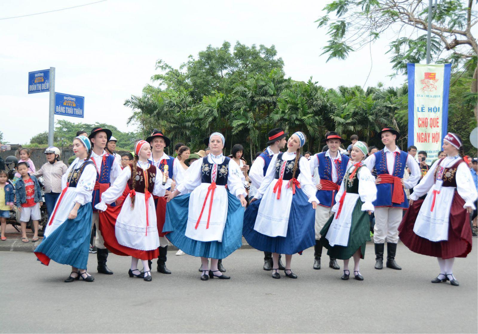 Thừa Thiên Huế: Đầu tư cho văn hóa di sản