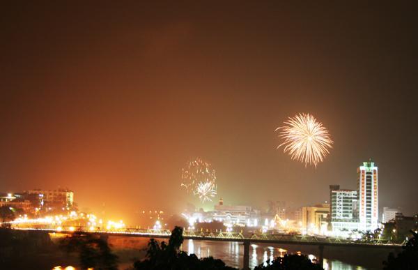 Đêm giao thừa Tết Tân Sửu 2021: Lào Cai bắn pháo hoa tại 3 địa điểm