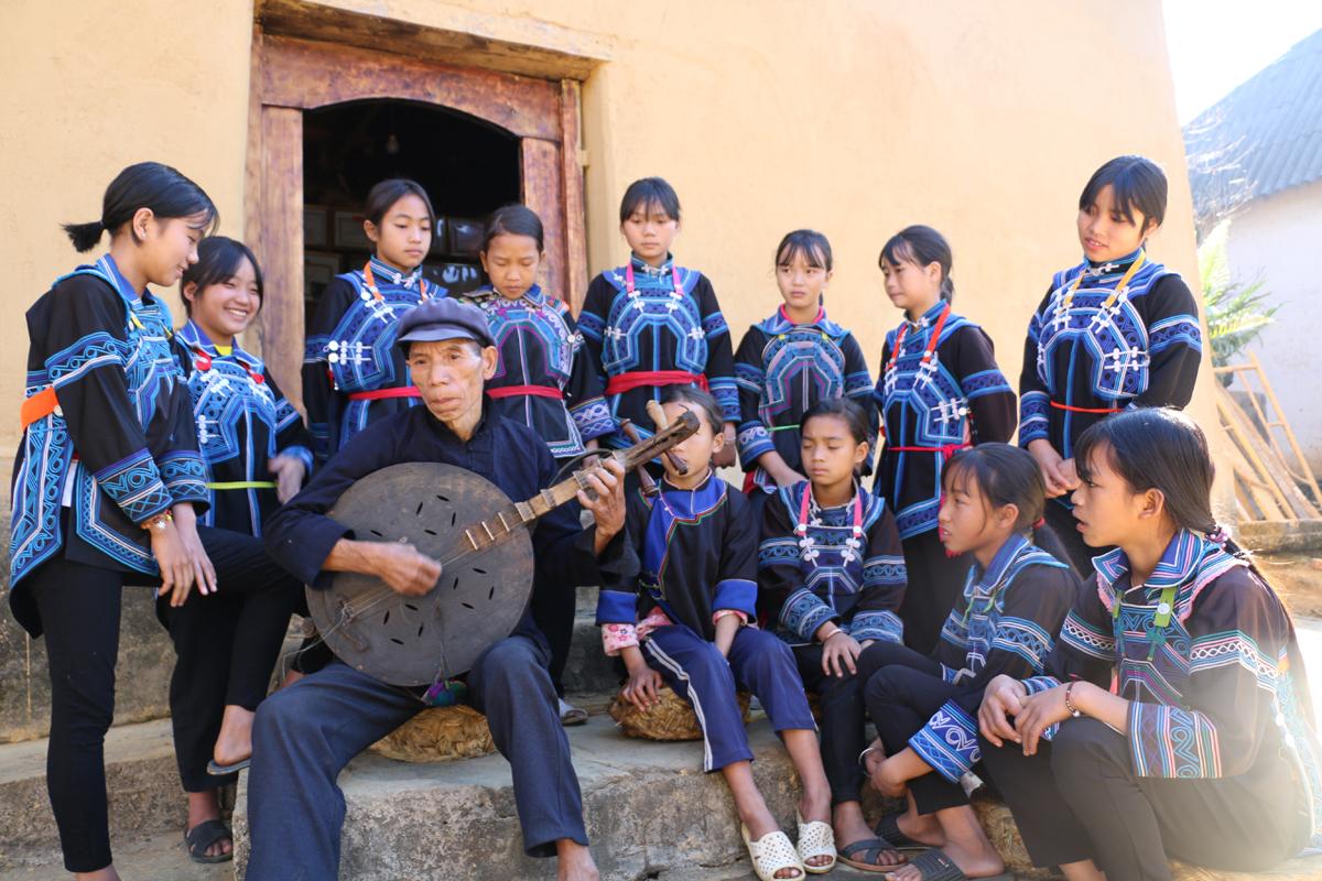 Độc đáo đàn Hó Tơ của người Hà Nhì ở Lào Cai