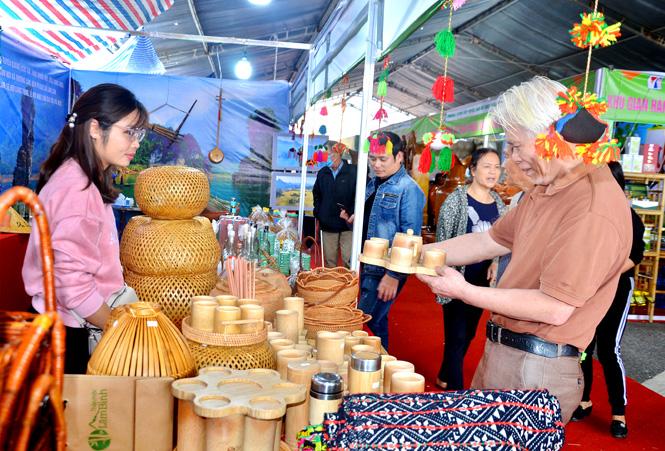 Tuyên Quang: Lâm Bình phát triển du lịch gắn với sản phẩm OCOP