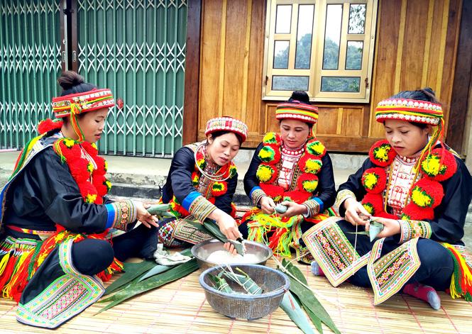 Tết sớm bản Dao Phú Lâm ở Tuyên Quang