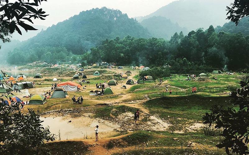 Hà Nội: Núi Hàm Lợn chốn hoang sơ thú vị