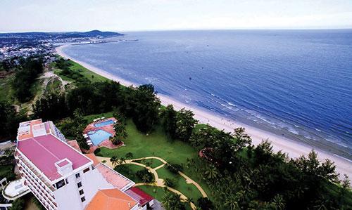 Bình Thuận: Sắc màu biển Tiến Thành