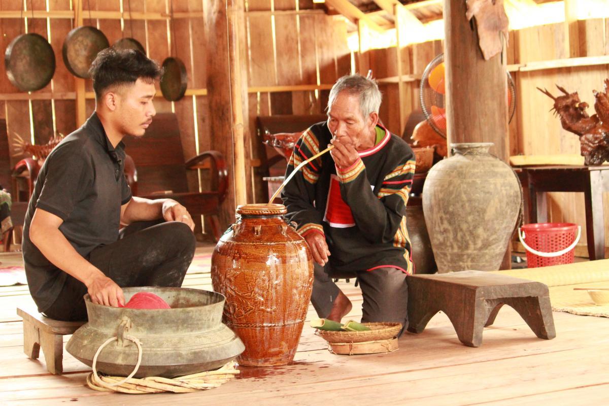 Đắk Lắk: Làm du lịch gắn với văn hóa bản địa
