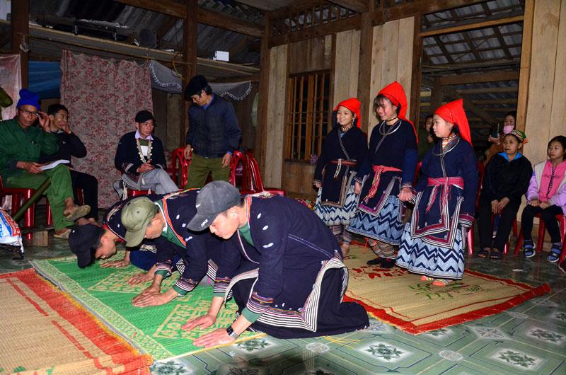 Phong tục cấp sắc của người Dao ở Đôn Phong – Bắc Kạn