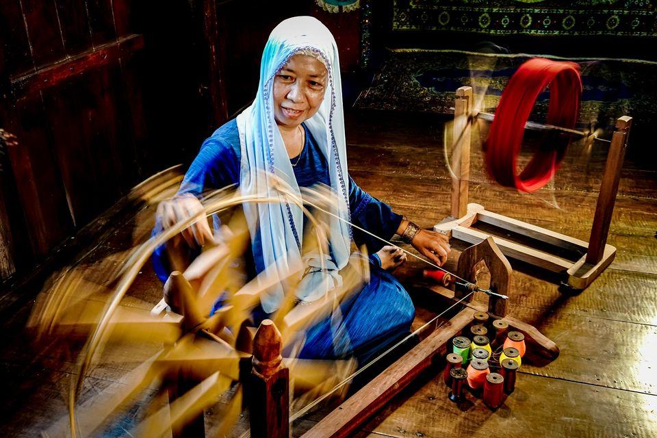 Văn hóa trang phục của người Chăm Islam ở Nam Bộ
