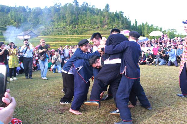 Trò chơi dân gian của người Dao đỏ ở Hà Giang