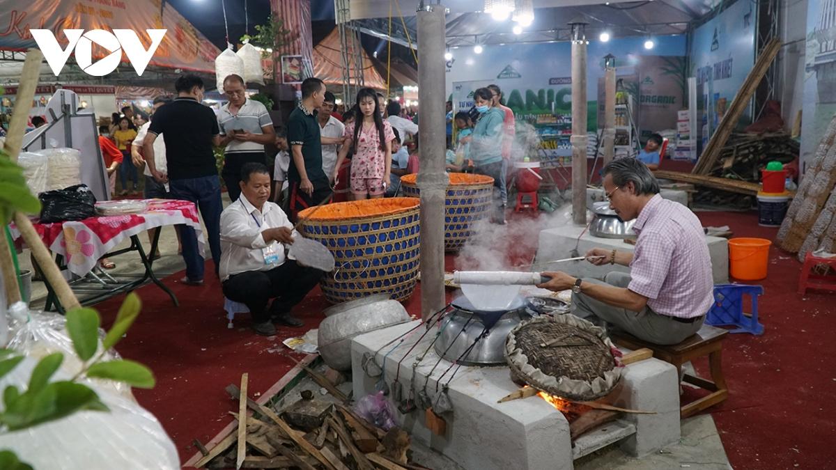 Tạm dừng Lễ hội văn hoá bánh tráng Trảng Bàng để phòng dịch Covid-19