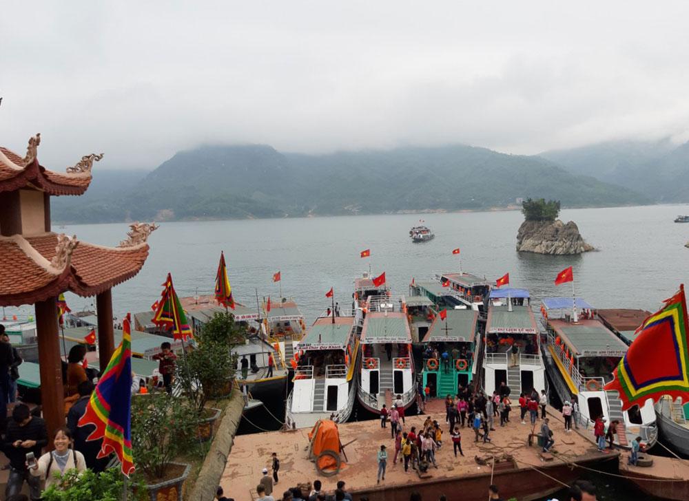 Hòa Bình: Phát triển du lịch trở thành ngành kinh tế mũi nhọn với các sản phẩm đặc trưng