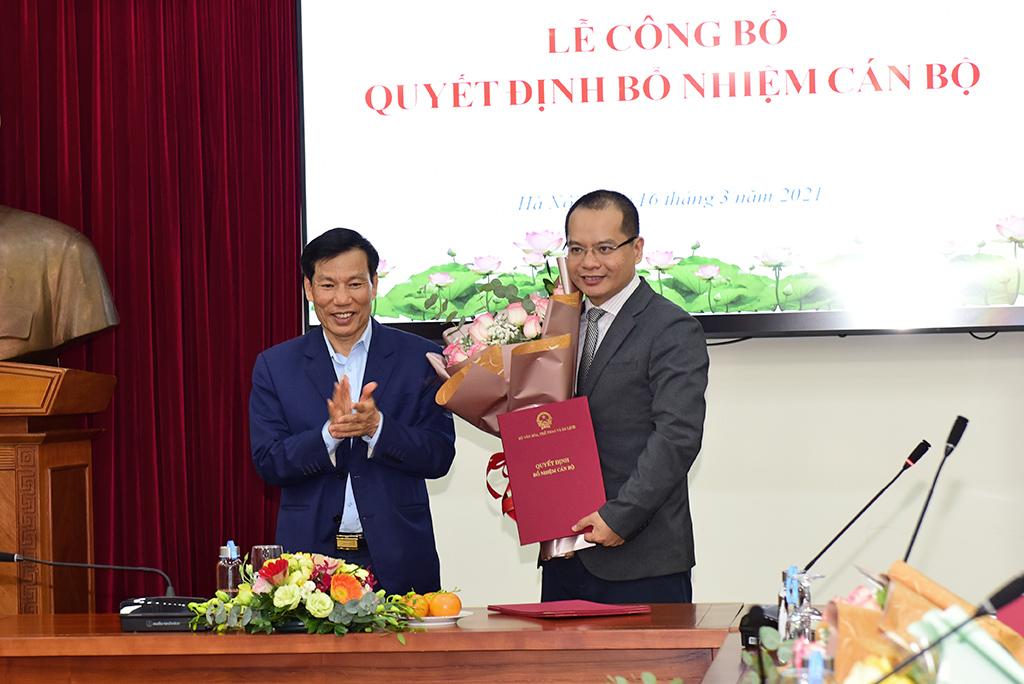 Bộ trưởng Nguyễn Ngọc Thiện trao Quyết định bổ nhiệm cán bộ Quỹ hỗ trợ phát triển du lịch