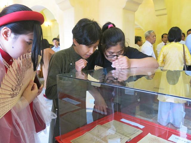 Thừa Thiên Huế: Khai trương không gian Tàng Thư Lâu