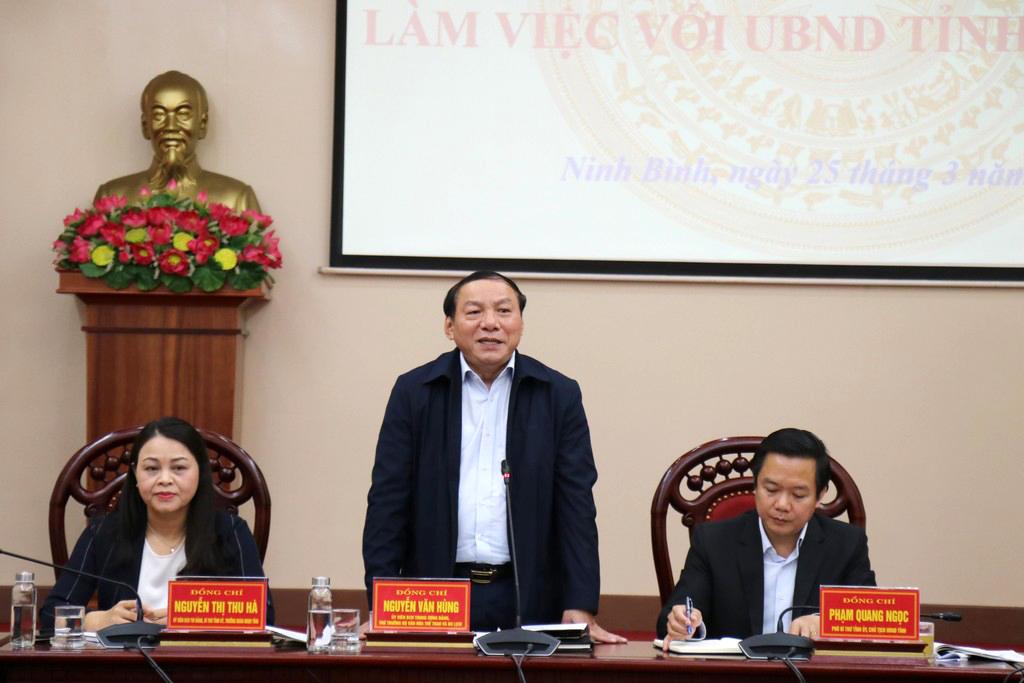 Thứ trưởng Nguyễn Văn Hùng: Năm Du lịch quốc gia 2021 tại Ninh Bình sẽ tạo động lực quan trọng phục hồi du lịch địa phương và cả nước