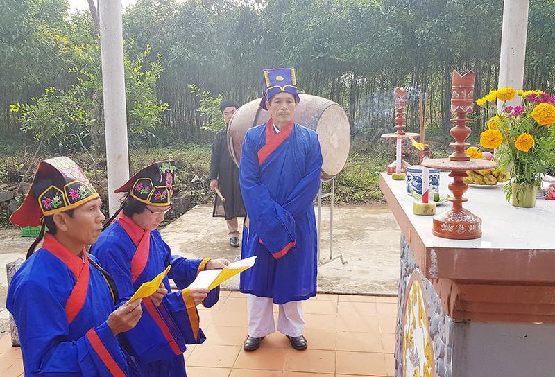 Lễ hạ nêu ở làng Gia Bình (Gio Linh, Quảng Trị)