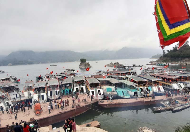 Hòa Bình: Sức hút vùng hồ