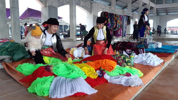 Những nét văn hóa đặc sắc và giá trị truyền thống của chợ phiên vùng cao