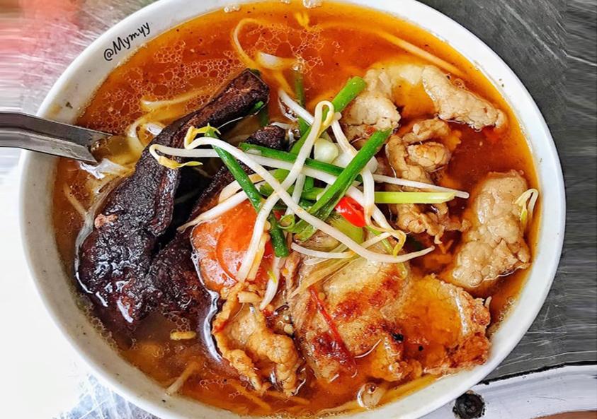 Phở gan cháy Đáp Cầu – Món ăn đặc biệt chỉ có ở Bắc Ninh