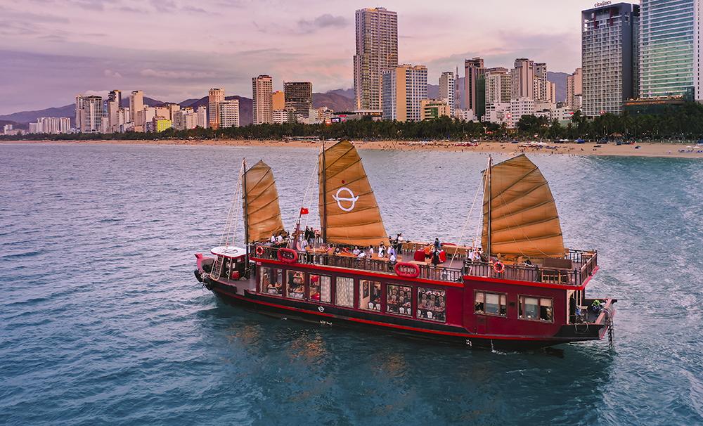Sắp có thêm du thuyền hoạt động trên vịnh Nha Trang