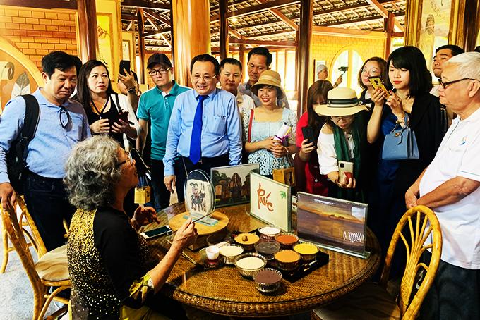 Đoàn famtrip khảo sát du lịch Khánh Hòa