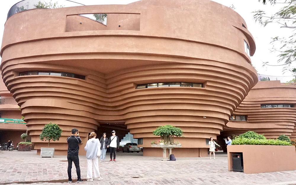 Độc đáo Bảo tàng gốm Bát Tràng