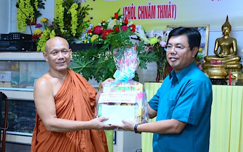Cà Mau mừng Tết cổ truyền đồng bào Khmer