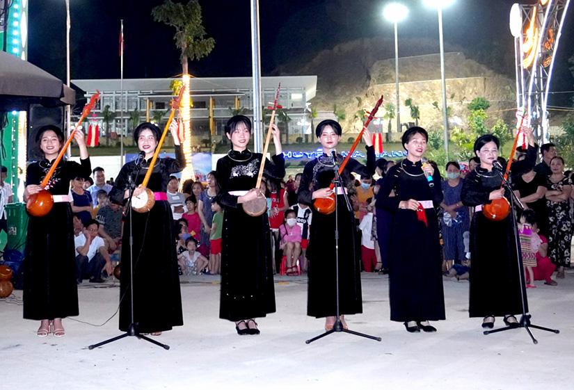 Tuyên Quang: Xã hội hóa chợ đêm Na Hang