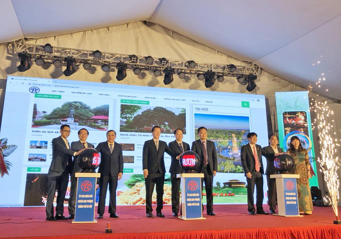 Phó Tổng cục trưởng Hà Văn Siêu dự lễ công bố điểm du lịch xã Hạ Mỗ và Khu sinh thái Đan Phượng (Hà Nội)