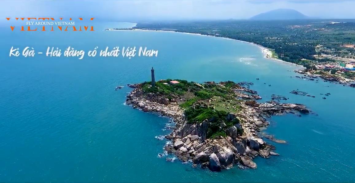 Chiêm ngưỡng từ trên cao vẻ đẹp Hải đăng Kê Gà – ngọn hải đăng cổ nhất Việt Nam