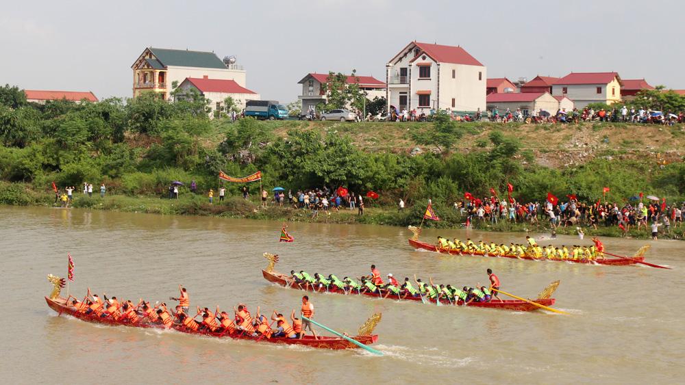 Bắc Giang: Độc đáo lễ hội bơi chải làng Mai