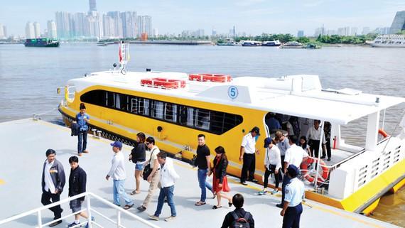 TP Hồ Chí Minh: Khuyến cáo du khách vui chơi an toàn dịp nghỉ lễ