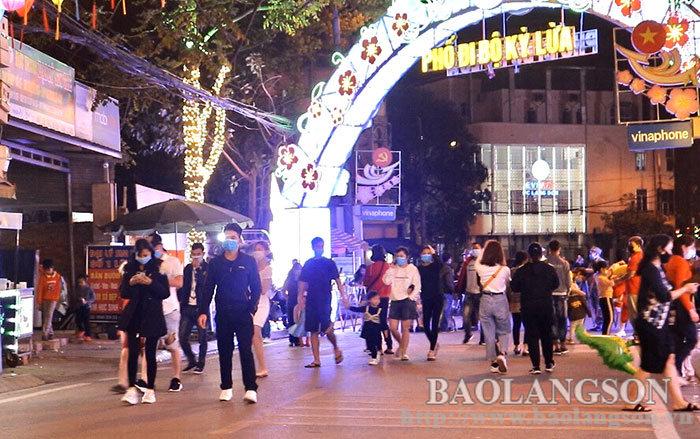 Lạng Sơn: Tạm dừng mọi hoạt động tại Phố đi bộ Kỳ Lừa