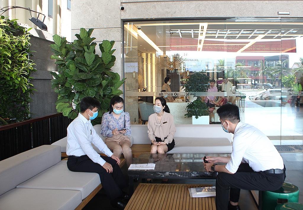 Đoàn công tác Tổng cục Du lịch tiếp tục nắm tình hình phòng chống dịch tại các điểm du lịch ở Đà Nẵng trước kỳ nghỉ lễ